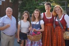Marketenderinnen mit Franz Engl