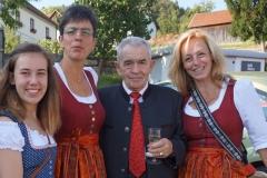 Marketenderinnen mit Josef Nagl